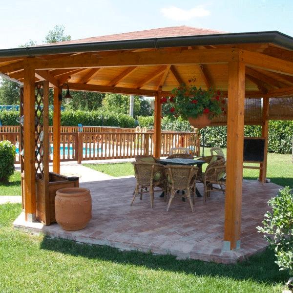 Gazebi usati in legno gazebo per terrazzo with gazebi for Gazebi usati in legno